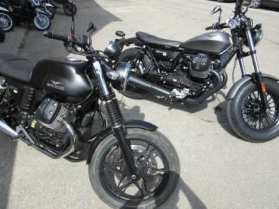 Moto Guzzi V7 II 750 ABS